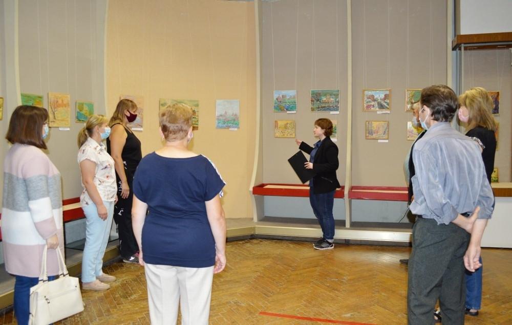 Открылась выставка картин, посвященная Рязани