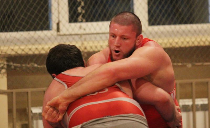 Рязанец вошёл в восьмёрку сильнейших на чемпионате России по борьбе